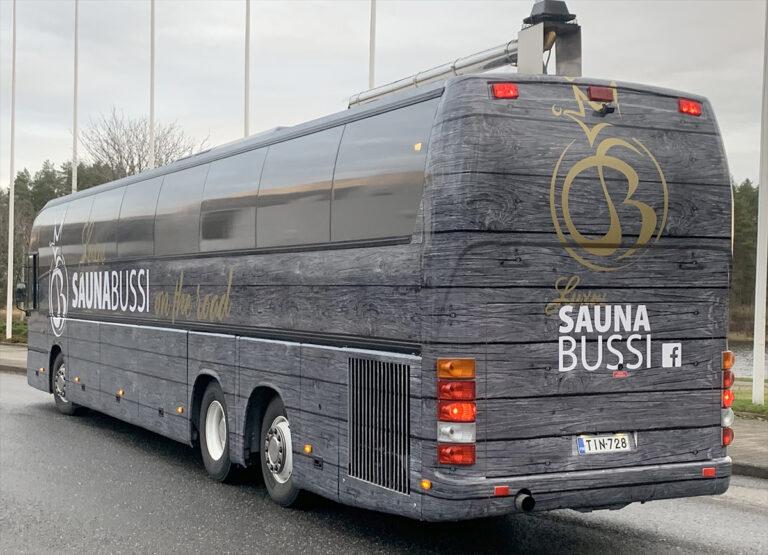 Saunabussi-ulkoa-05